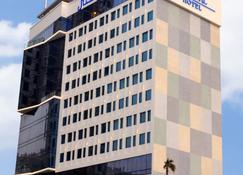 Elite Crystal Hotel - Manama - Bâtiment