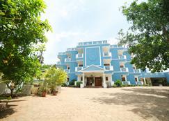 La Grace Integral Retreat - Puducherry - Building