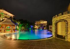 Lingganay Boracay Hotel Resort - Boracay - Pool