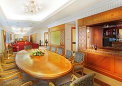 金皇冠中國大酒店 - 澳門 - 酒吧
