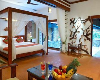 Vythiri Resort - Chundale - Bedroom