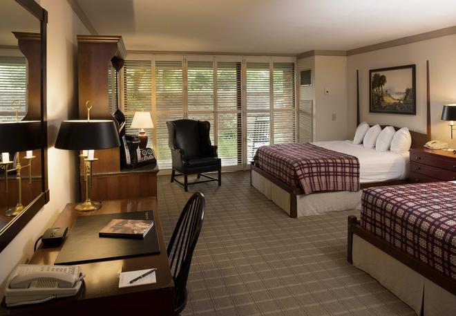 Williamsburg Lodge Autograph Collection - Williamsburg - Bedroom