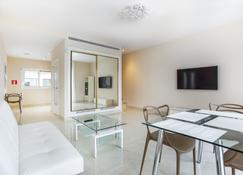 Calma Holiday Villas - Platja d'Aro - Wohnzimmer
