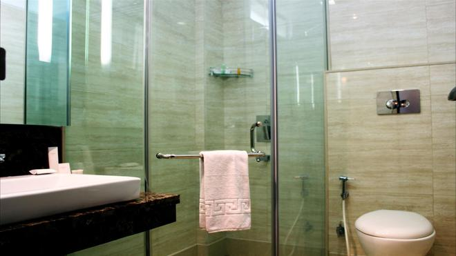 Stately Suites Golf Course Road - Gurgaon - Kylpyhuone