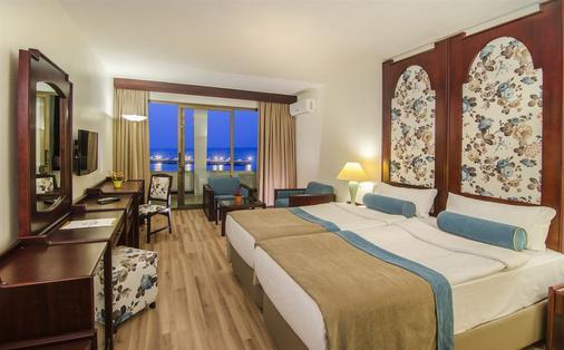 Hotel İmbat - Kuşadası - Bedroom