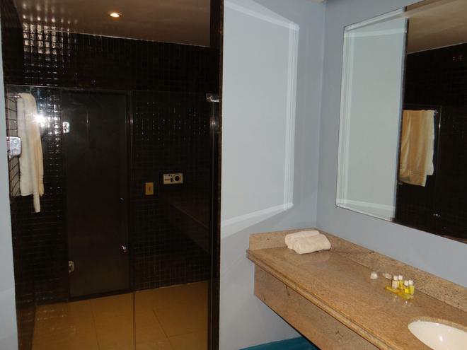Diamond Hotel - Rio de Janeiro - Bathroom