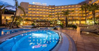 黃金海灣德托薩水療酒店 - 托撒德瑪 - 濱海托薩 - 游泳池