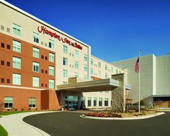 Hampton Inn & Suites Rosemont Chicago O'Hare - Rosemont - Rakennus