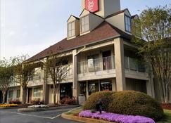 Red Roof Inn & Suites Spartanburg - I-85 - Spartanburg - Edifício