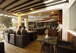 Platinum Hotel & Spa - Kathmandu - Oleskelutila