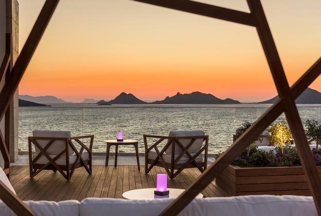 Swissotel Resort Bodrum Beach - Bodrum - Bar