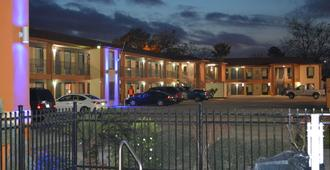 Econo Lodge - Lake Charles - Rakennus