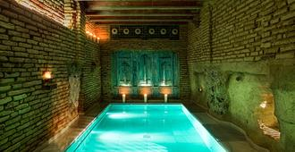 Aire Hotel & Ancient Baths - Almería - Piscina