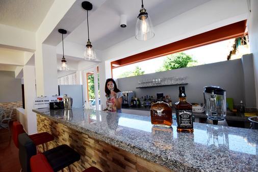 Hotel Alicia Beach - Sosúa - Bar
