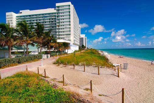 Deauville Beach Resort - Bãi biển Miami - Bãi biển