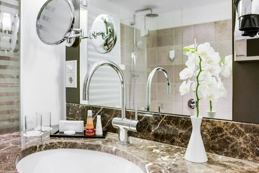 Steigenberger Hotel Bad Neuenahr - Bad Neuenahr-Ahrweiler - Bathroom