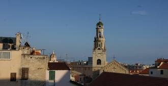 Hotel Riviera - San Remo
