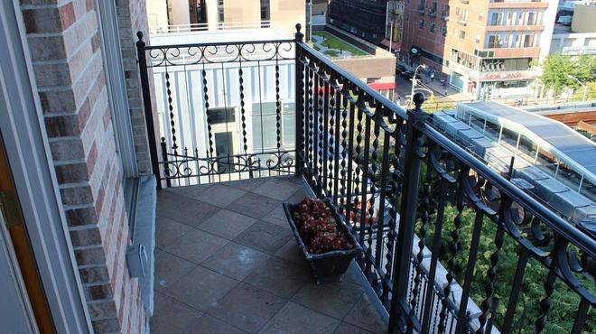 Blue Moon Boutique Hotel - New York - Balkon