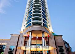 Hilton Doha - Doha - Building