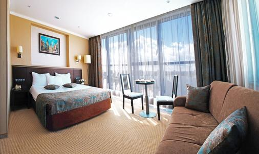 Hotel Riviera - Καζάν - Κρεβατοκάμαρα