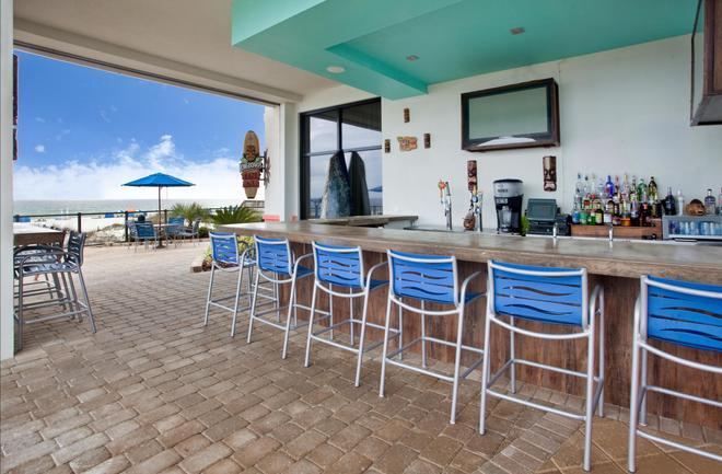 Hampton Inn & Suites Orange Beach/Gulf Front - Orange Beach - Bar