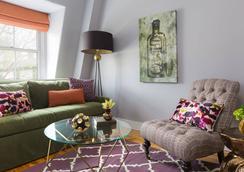 Gilded - Newport - Living room