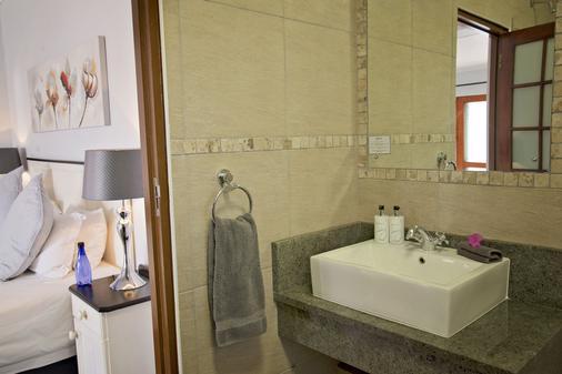 Bayside Guest House - Port Elizabeth - Kylpyhuone