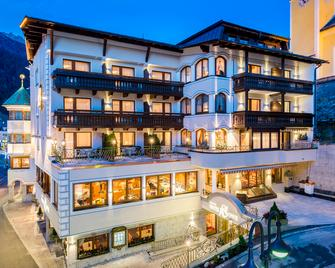 Hotel Sonne - Ischgl - Gebäude