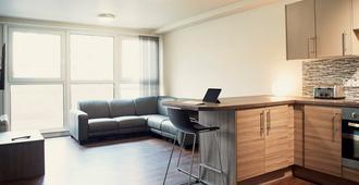 Wilmslow Park - Manchester - Living room
