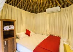 Nudel Room & Cafe - Kediri - Bedroom