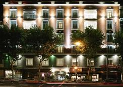 ICON Embassy by Petit Palace - Madrid - Building