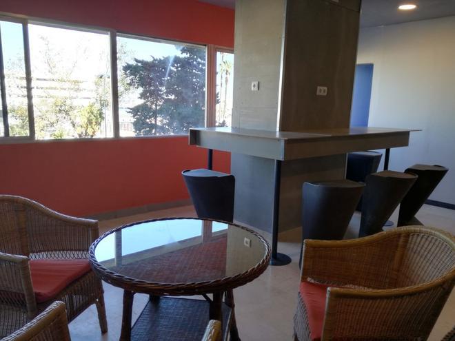 Hostel Puerto Algeciras - Algeciras - Lounge