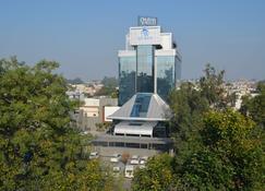 The Maya Hotel - Jalandhar - Edifício