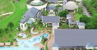 Bukit Beruntung Golf & Country Resort - Rawang - Building