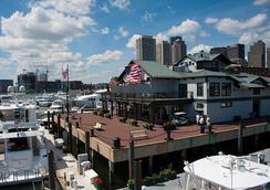 Boston Yacht Haven Inn & Marina - Boston - Outdoor view