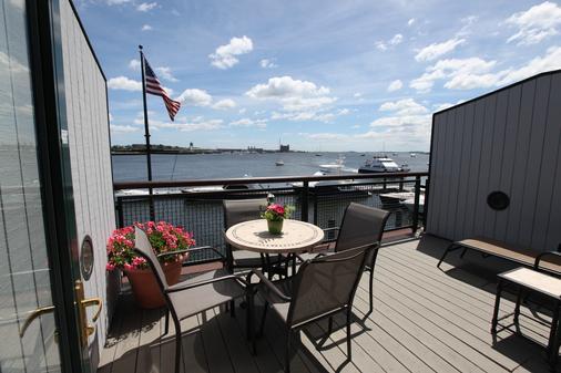 Boston Yacht Haven Inn & Marina - Boston - Balcony