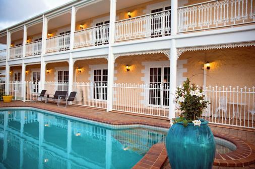 White Lace Motor Inn - Mackay - Pool