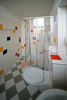 Hotel Siegfriedshof - Berliini - Kylpyhuone