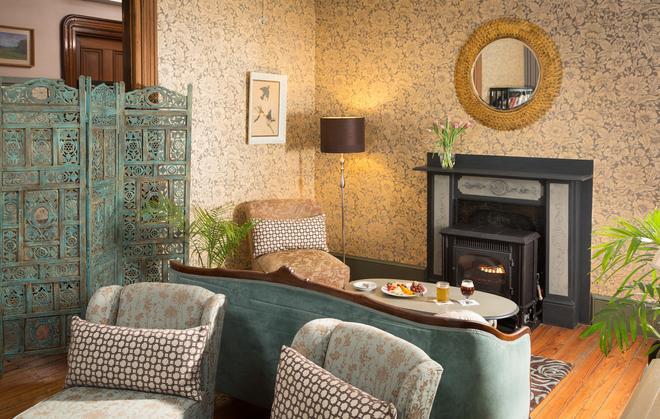 Carroll Villa Hotel - Cape May - Lobby