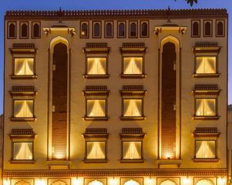 Umaid Residency - A Regal Heritage Home - Āmer - Building