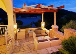 Hotel Villa Telenta - Vela Luka - Patio