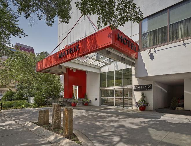 Matrix Hotel - Edmonton - Edificio