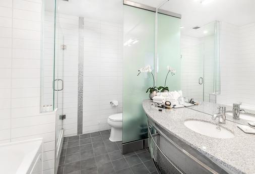 馬特里克斯酒店 - 艾德蒙頓 - 埃德蒙頓 - 浴室