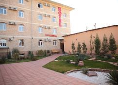 Star Hotel Tashkent - Tasjkent - Bygning