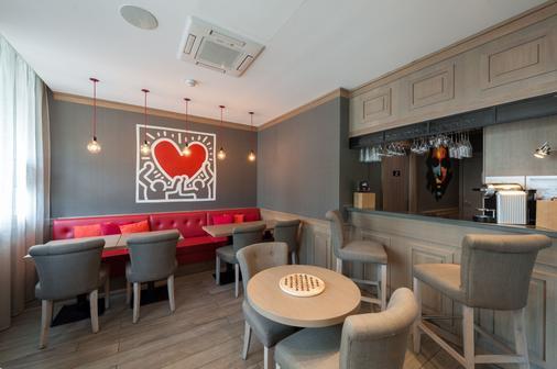 Hôtel le 209 Paris Bercy - Pariisi - Baari