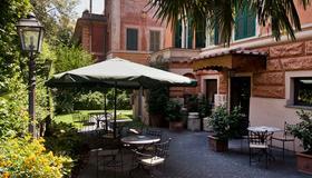 Hotel Villa San Pio - Roma - Patio