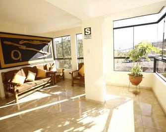 La Mansion Casa Hotel - Andahuaylas - Sala de estar