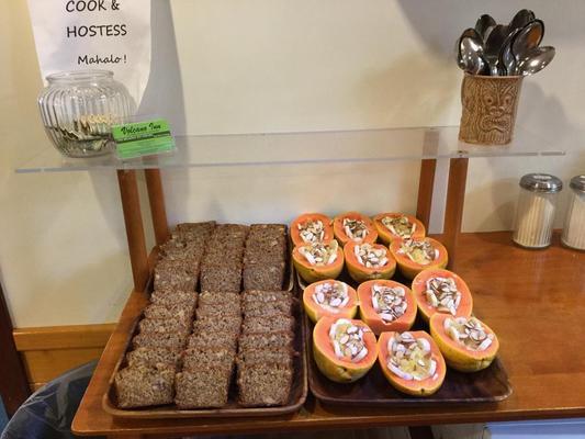 Volcano Inn - Volcano - Food