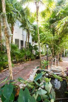 Old Town Manor - Key West - Outdoors view