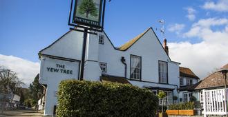 The Yew Tree - Manuden